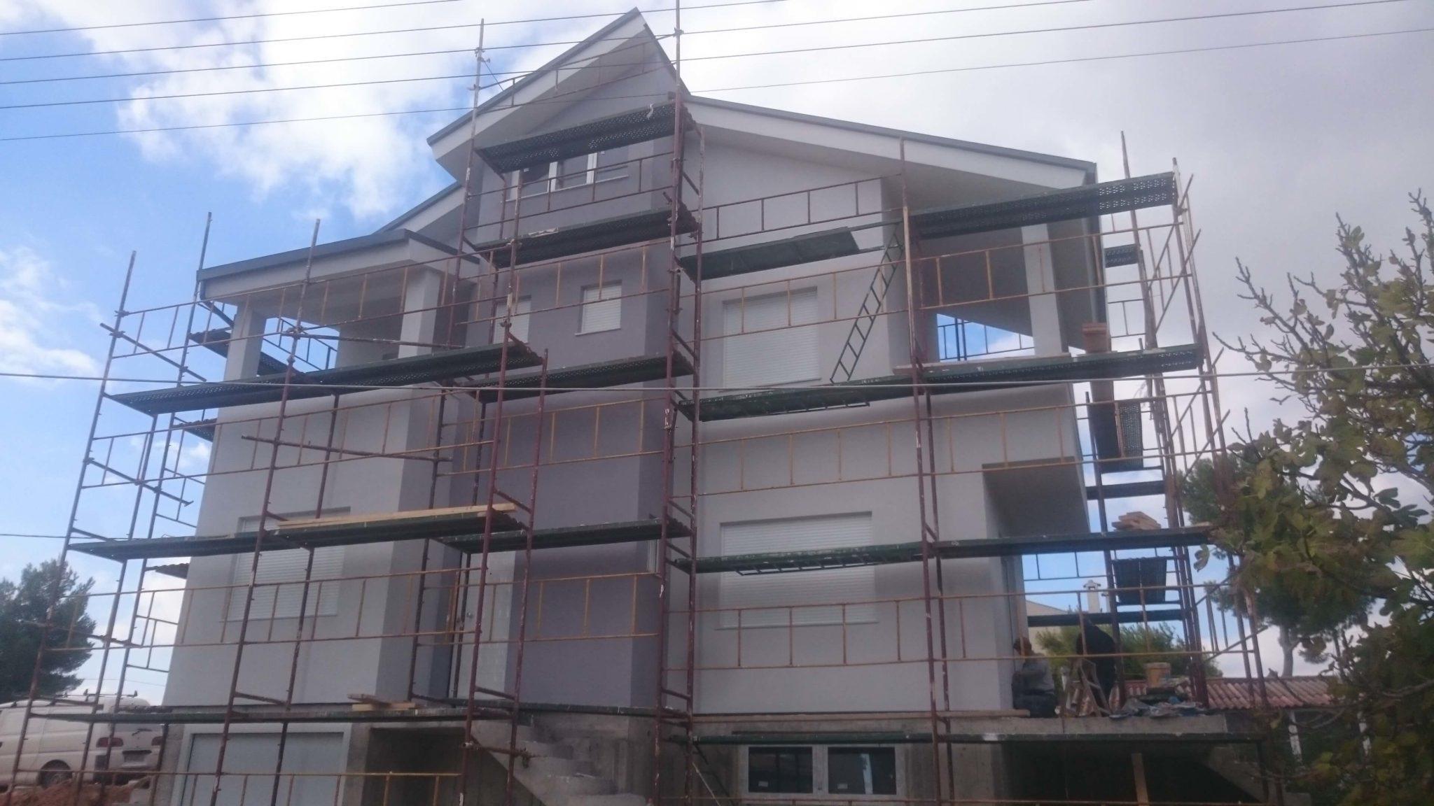 PREFABRICATED HOUSE IN ARTEMIDA, ATTICA